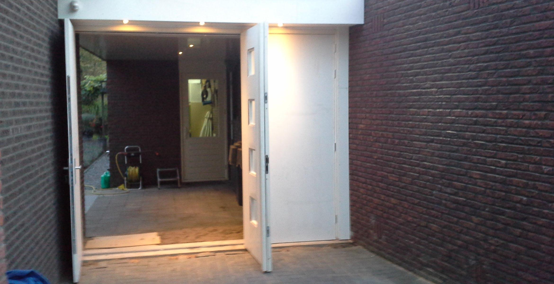 Houten Garagedeuren Prijs : Houten garagedeuren